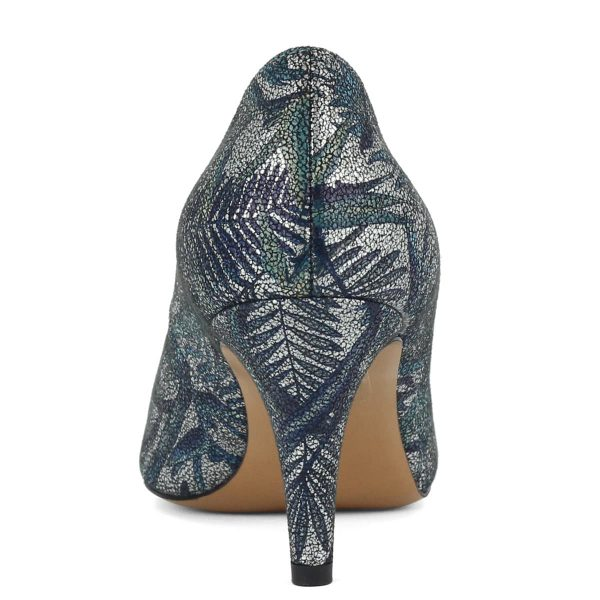 7,5 cm magas sarokkal, kívül belül bőrből készült női Anis cipő.
