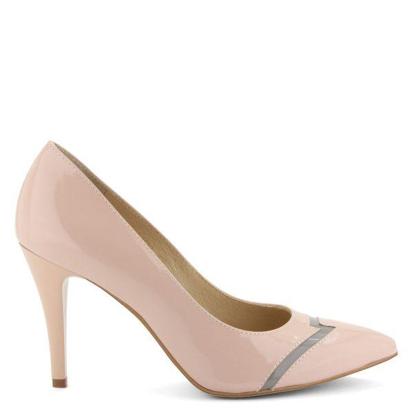 Hegyes orrú elegáns lakk bőr cipő 9 cm-es sarokkal. Elején szürke díszcsík fut. Bélése és felsőrésze is bőr. Márka: Anis Szín: Rose Modellszám: 4408 ROSE LAK