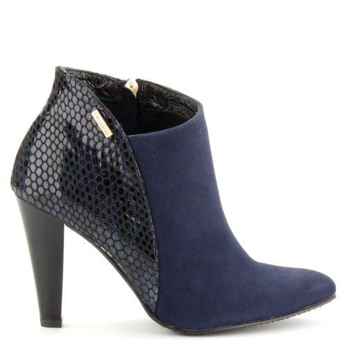 Kék színű elegáns női bokacsizma kb 9,5 cm-es sarokkal. Eleje velúr bőr, hátul piton mintás lakk bőr.