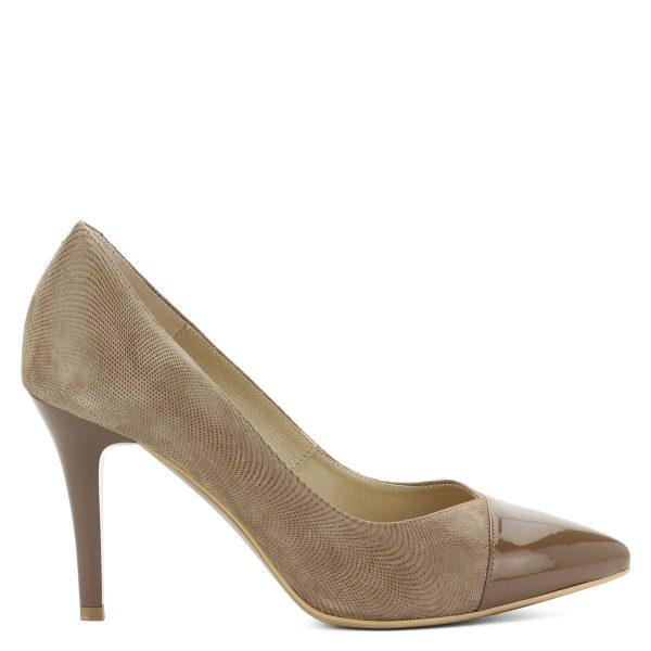 Bézs színű magas sarkú csinos női cipő hegyes orral