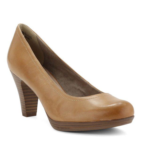 Világos, klasszikus fazonú Tamaris bőr cipő 7,5 cm magas sarokkal, kerek orral és platformos talppal.