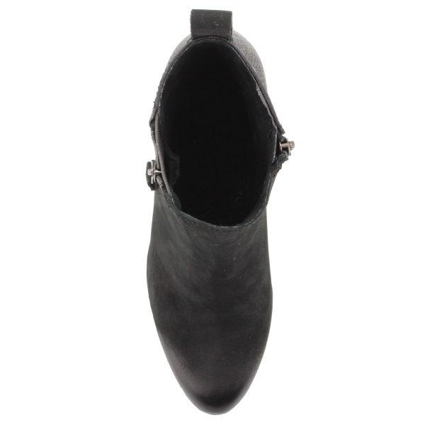 6 cm magas ANTiShokk sarkú fekete Marco Tozzi női bokacsizma. Memóriahabos talpbéléssel és vastag gumi talppal készült. Márka: Marco Tozzi Szín: BLACK Modellszám: 2-25060-25 096