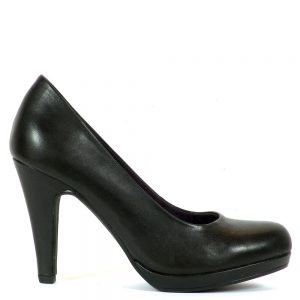 Magas sarkú platformos Marco Tozzi cipő. Sarka 9,5 cm magas, talpa 1 cm. A cipő természetes bőr felsőrésszel készült.
