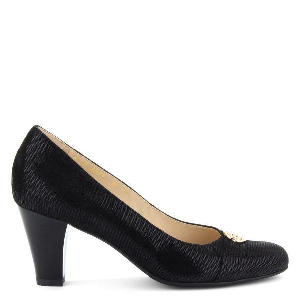 Fekete női bőr cipő 7 cm magas sarokkal. A cipő bélése és felsőrésze is természetes bőrből készült, komfortos talpbélése garancia a kényelemre.
