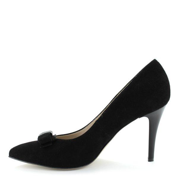 Magas sarkú női alkalmi cipő velúr bőr felsőrésszel, orrán masnival. Bélése is bőr. Sarka 9 cm magas.