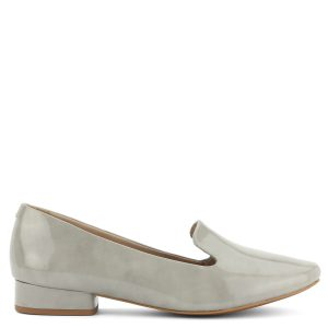Prémium minőségű Be Natural női bőr cipő 2,5 cm magas sarokkal.