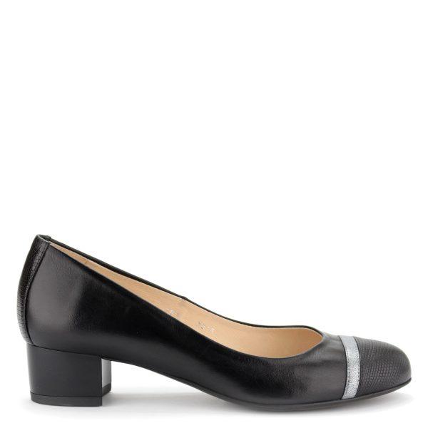 Kotyl női bőr cipő 4 cm magas stabil sarokkal.