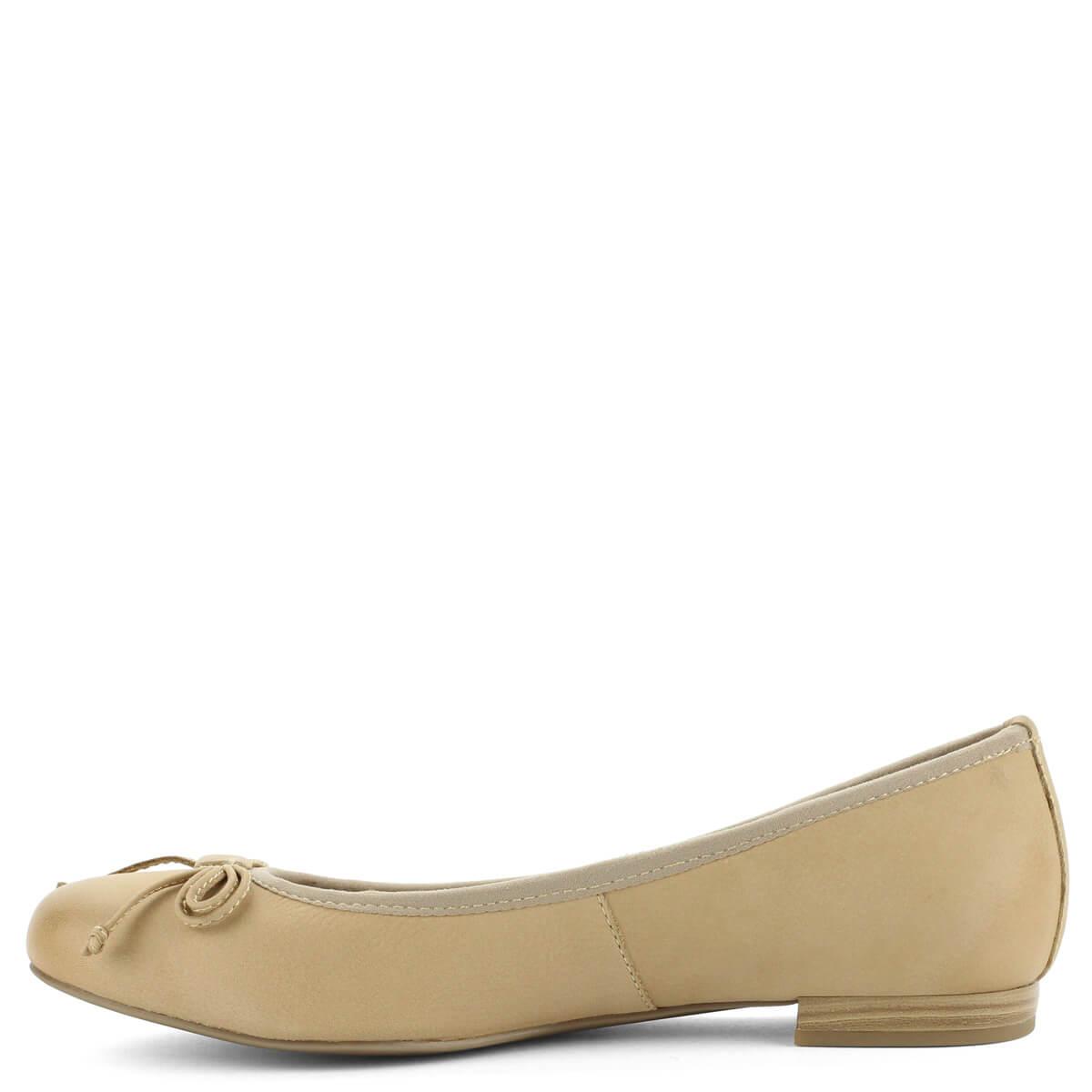 ... Világos színű Marco Tozzi balerina cipő bőr felsőrésszel 8676b62e0a