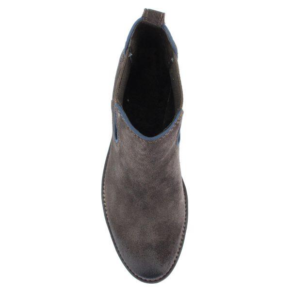 Hasított bőr Marco Tozzi bokacsizma barna színben, 4,5 cm magas sarokkal.
