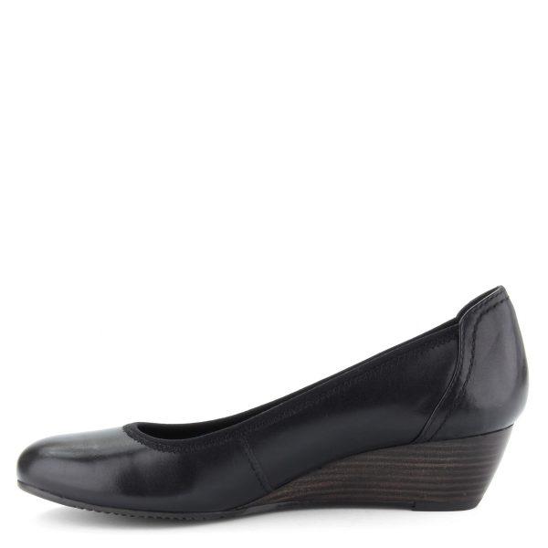 """Klasszikus kerek orrú, éktalpú Tamaris cipő, puha memóriahabos """"Touch It"""" talpbéléssel, fekete színben"""