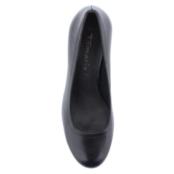 Klasszikus platformos Tamaris cipő fekete színben, bőr felsőrésszel, 7,5 cm magas sarokkal.