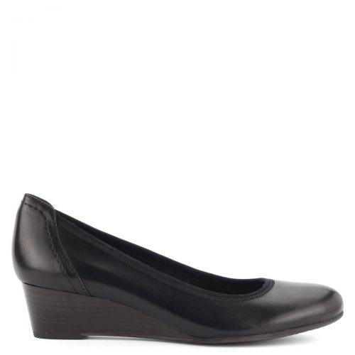 Telitalpú Tamaris cipő fekete színben, bőr felsőrésszel. Puha memóriahabos talpbéléssel készült.