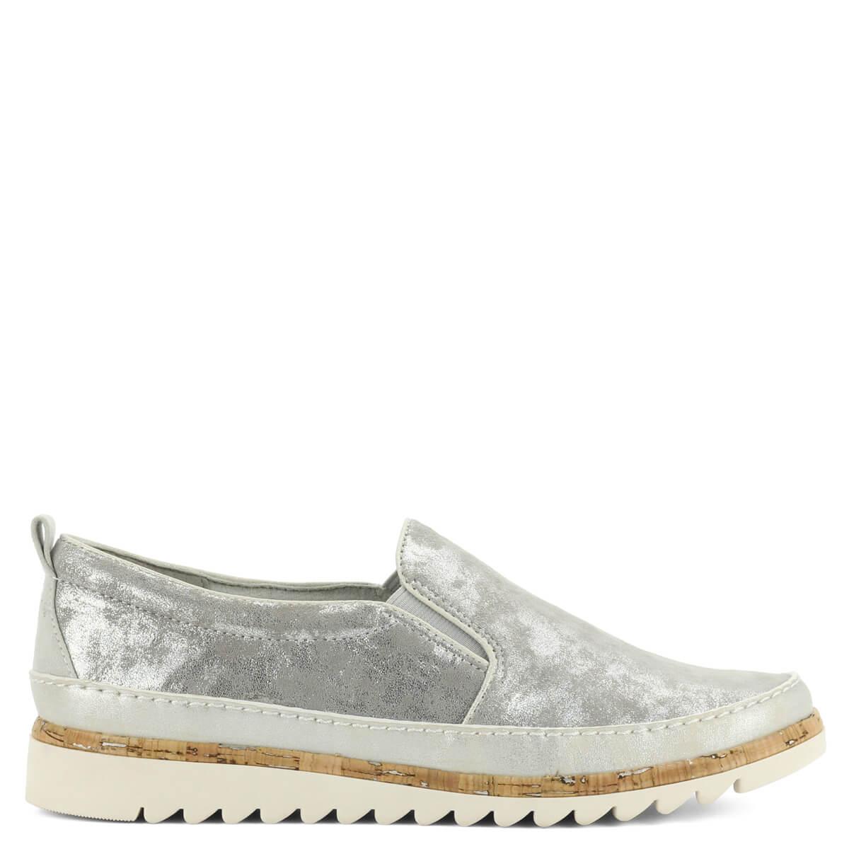 Jana slip-on ezüst színben. Könnyű kényelmes cipő H szélességű talppal 092dd072af