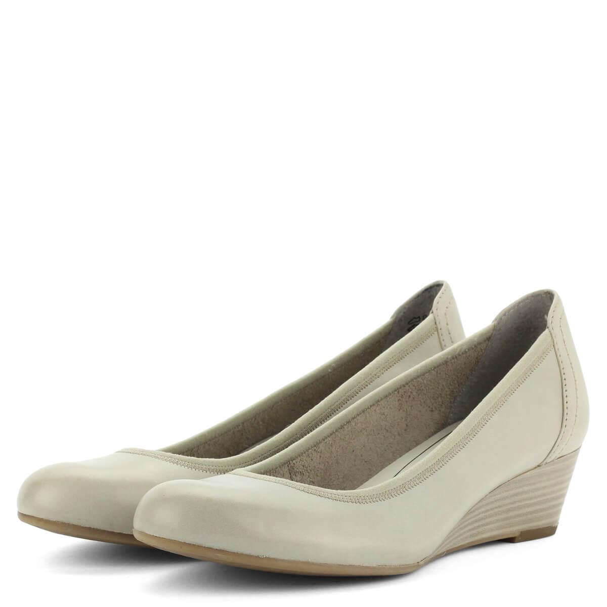 7551d5389ba1 Telitalpú Tamaris cipő bőr felsőrésszel, szürke színben. Sarka 4 cm magas
