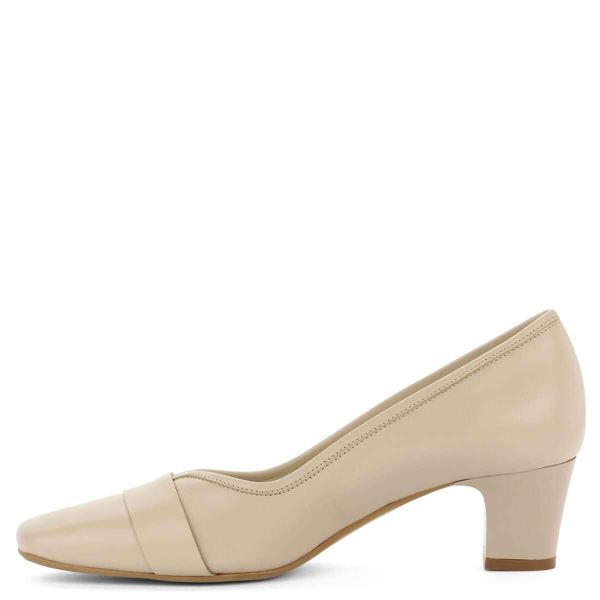 Kis sarkú bézs Anis bőr cipő. Elegáns kocka sarkú női alkalmi cipő. 16629d1283