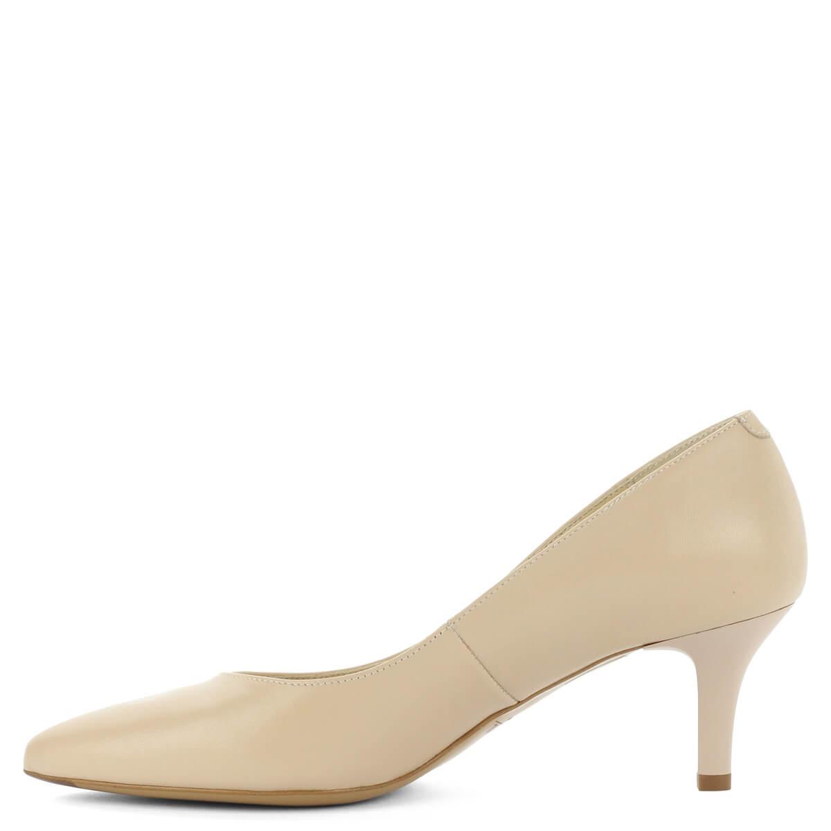 Bőr béléssel  Bézs Kotyl körömcipő közepes sarokkal. Elegáns női cipő utcai  és alkalmi viseletre. Bőr béléssel 835c26237f