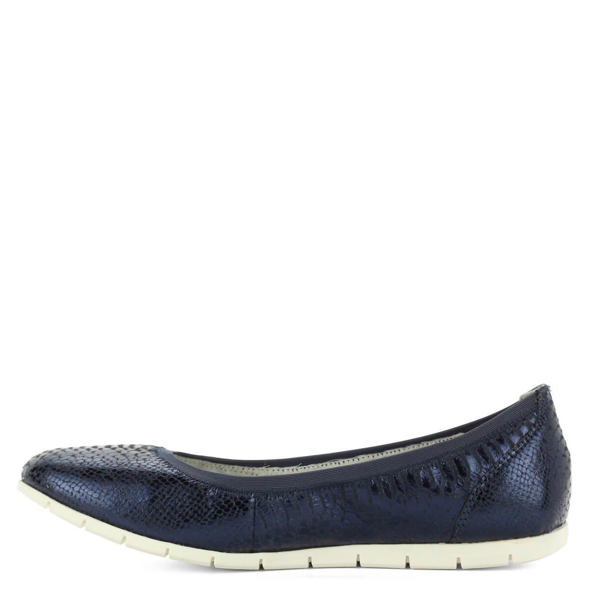 87b65446c1 ... Tamaris balerina cipő sötétkék színben, textúrált bőr felsőrésszel.  Könnyű, kényelmes cipő hajlékony gumi