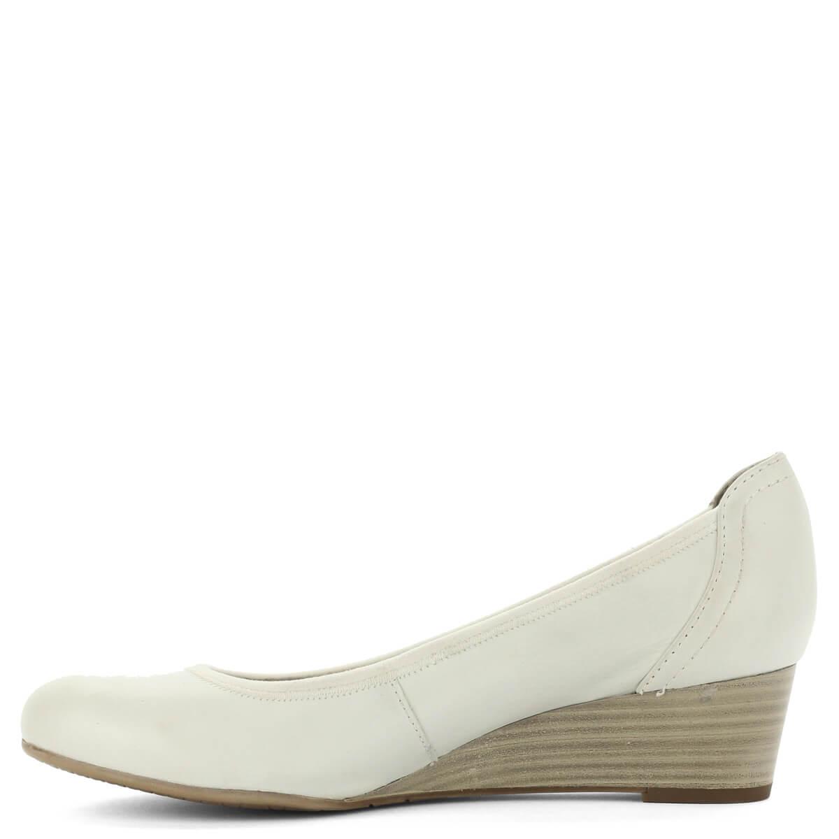 ... Telitalpú fehér Tamaris cipő bőr felsőrésszel 90be945834