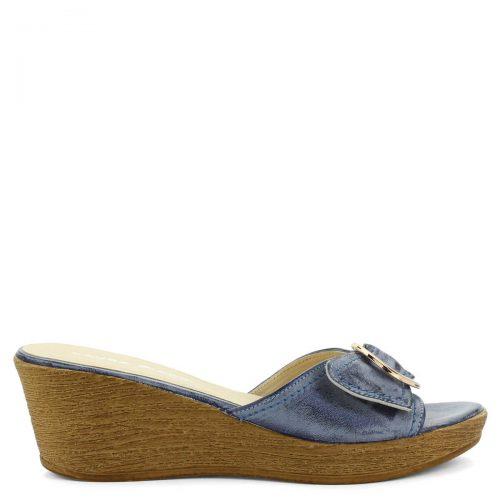Laura Piacci kék telitalpú női papucs farmer hatású bőrből. Sarka 6 cm magas, talpa 2 cm vastag. Kényelmes bőr utcai papucs - ChiX Női Cipő Webáruház