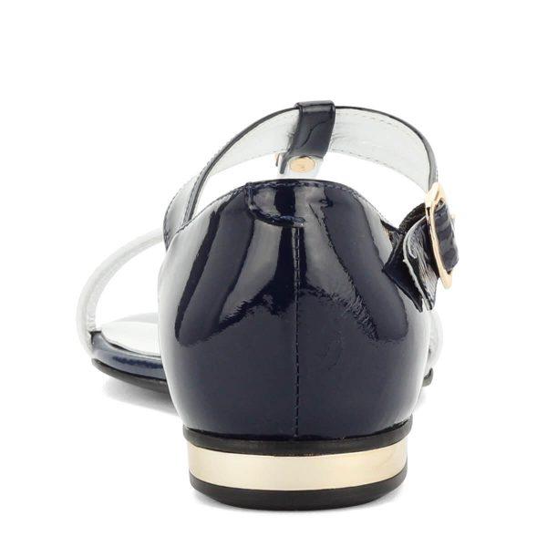 Luca Cavialli kék-fehér bőr szandál lapos talppal. A szandál felsőrésze és bélése is bőrből készült, sarkát fém betét díszíti.
