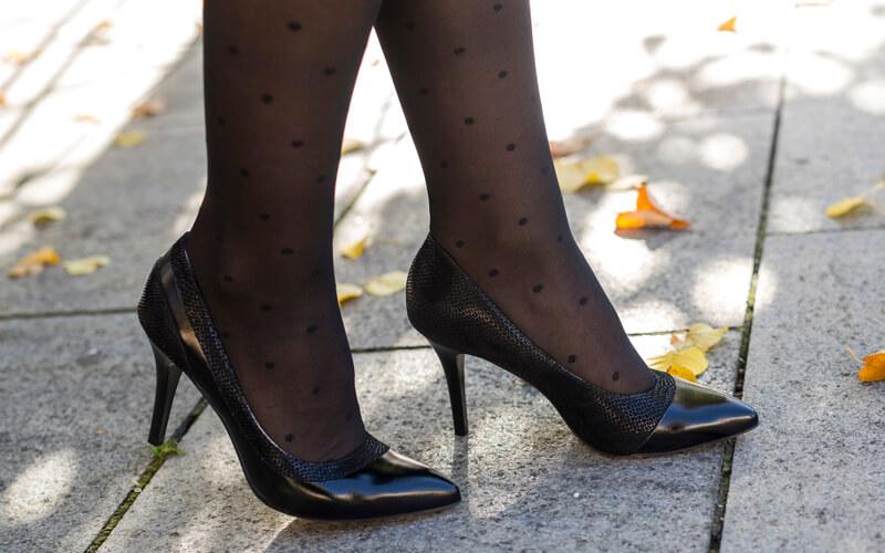 A magassarkú cipők története - Anis bőr magassarkú