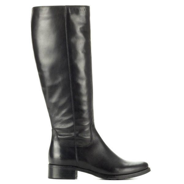 Fekete Bioeco bőr csizma gumi talppal. Klasszikus, hosszú szárú női csizma meleg textil béléssel, díszítés nélküli bőr felsőrésszel.
