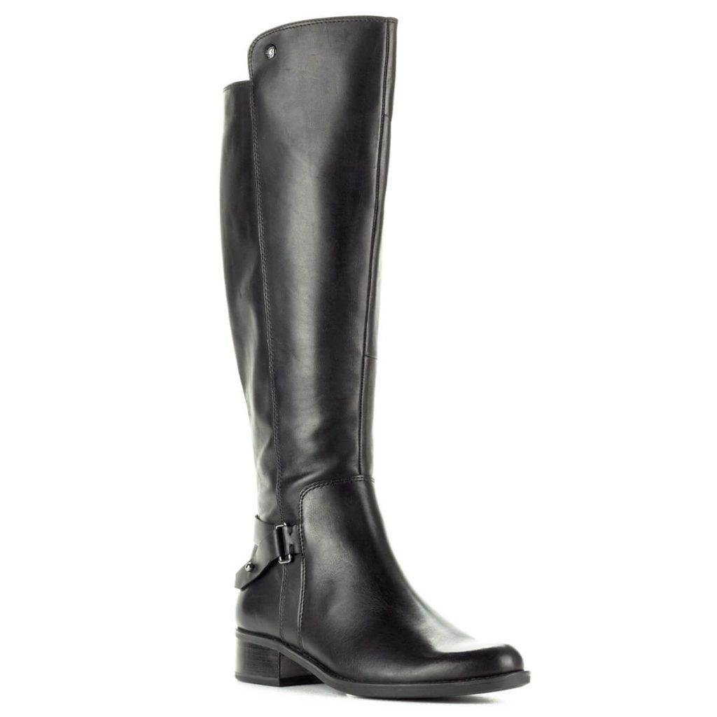 12ed3c6d77 Fekete hosszúszárú Caprice bőr csizma vastag gumi talppal. A csizma bélése  a Caprice-tól