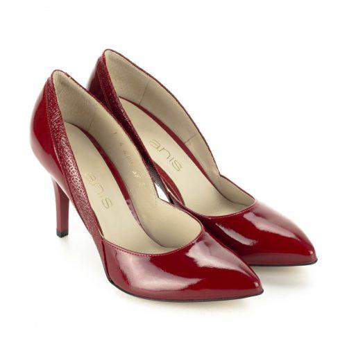 Anis alkalmi cipő Piros színű magas sarkú lakk alkalmi cipő. Sarka 9 cm magas. Felsőrésze és bélése is bőrből készült. Márka: Anis Szín: Piros lakk