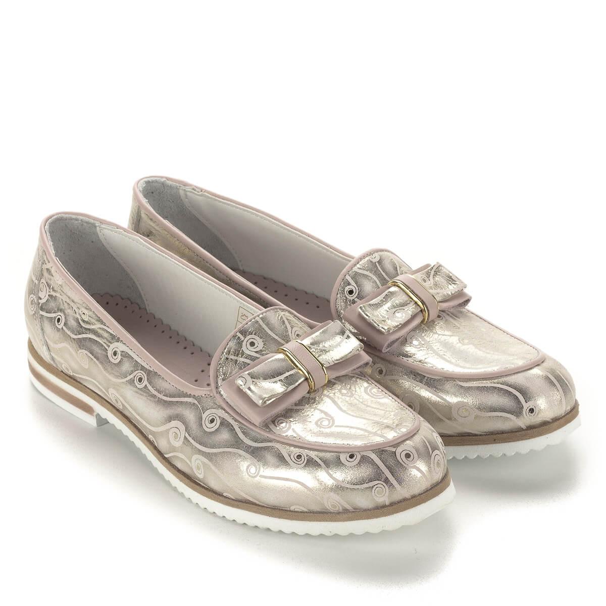 aa889d1f66 Anna Viotti masnis bőr cipő lapos talppal, bőr béléssel. Mintás bőrből  készült, rózsaszín ...