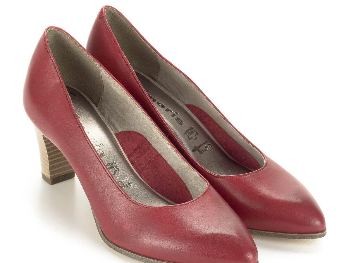 Piros Tamaris magassarkú cipő kb 6,5 cm magasságú, AntiShokk