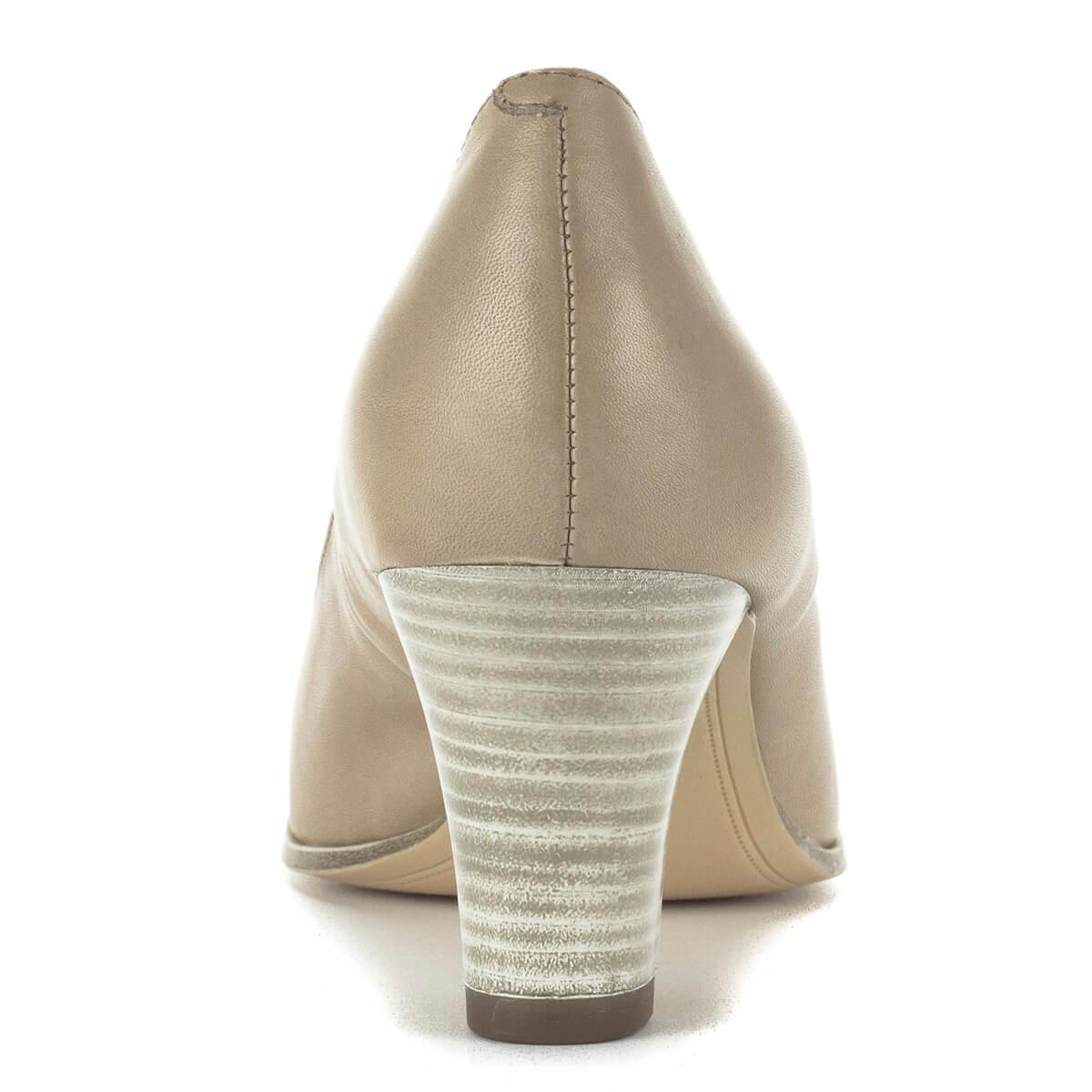f0fffd7379 Orra nyújtott; Tamaris magassarkú cipő 6,5 cm magas AntiShokk sarokkal,  világos színben.