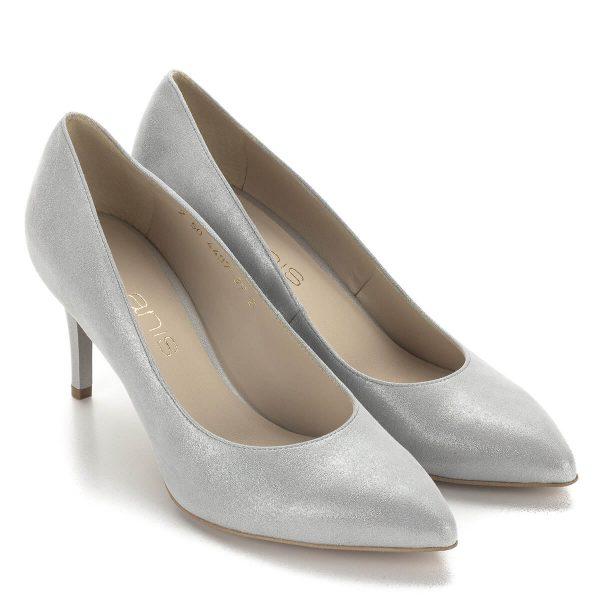Anis ezüstszürke bőr körömcipő 7,5 cm magas sarokkal. Gyönyörű csillogós bőrből készült hegyes orrú alkalmi cipő.