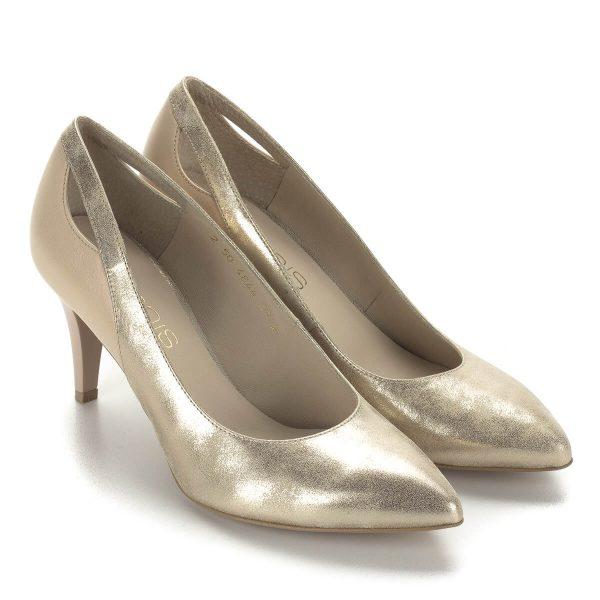 Arany-bézs Anis magassarkú női cipő. A cipő 7,5 cm magas sarokkal, bőrből, bőr béléssel készült. Nagyon kényelmes sarokkal.