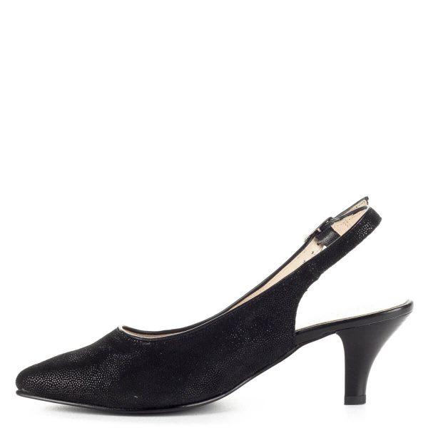 Fekete Alpina bőr szandálcipő 5,5 cm magas sarokkal. Talpa G szélességű, felsőrésze és bélése egyaránt bőr. A sarokpánt csattal állítható, puha bőr cipő.