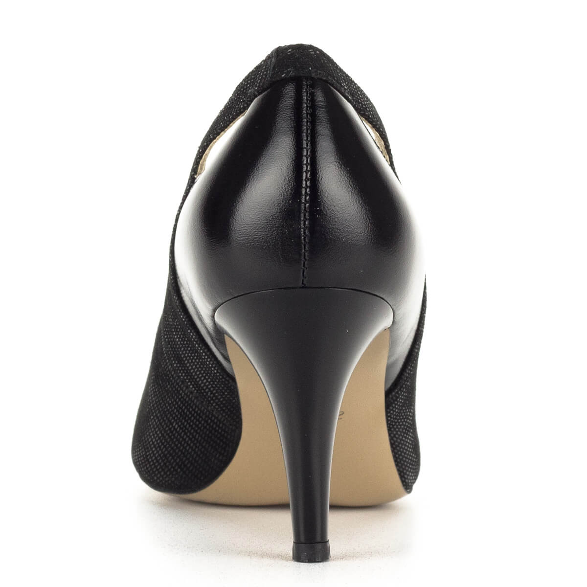 ... Fekete Anis magassarkú cipő strukturált bőrből. A körömcipő 7 8cc040a77b