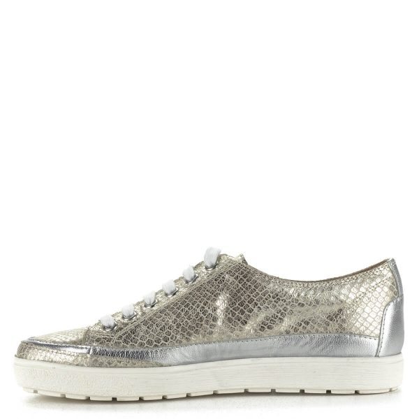 Fűzős Caprice cipő arany színben, kívül-belül bőrből készült. Felsőrésze mintás. A ChiX.hu cipő webáruházban ingyenes szállítással rendelhető.