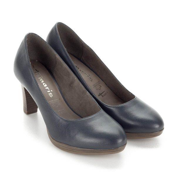 Sötétkék Tamaris magassarkú platformos női cipő7,5 cm-es sarokkal. A cipő anyaga bőr, AntiShokk sarka és memóriahabos talpbélése biztosítja a kényelmet.