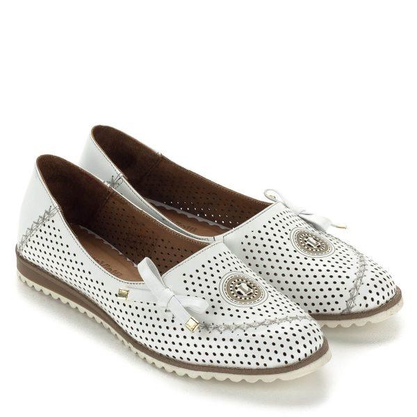 Fehér lyukacsos Anna Viotti női cipő bőrből, bőr béléssel. Kényelmes, belebújós fazon. Webáruházunkban ingyenes szállítással vásárolható meg.