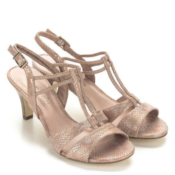 Lazac színű pántos Tamaris szandál 6,5 centis sarokkal. Pántjai kiemelik a láb vonalát. A szandál alkalmi viseletre és hétköznap is megállja a helyét.