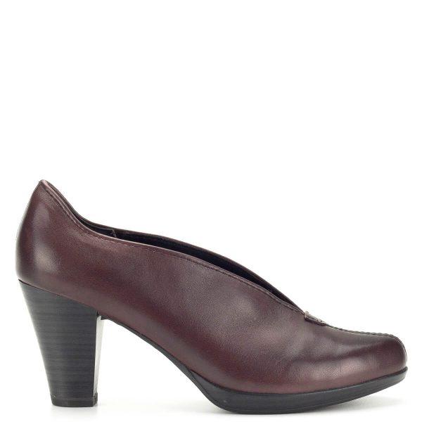Bordó Marco Tozzi zárt cipő