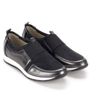 88252218b0 Fekete Carla Ricci női cipő fehér gumi talppal. Lapos sportos bőr cipő,  lábfejen gumi