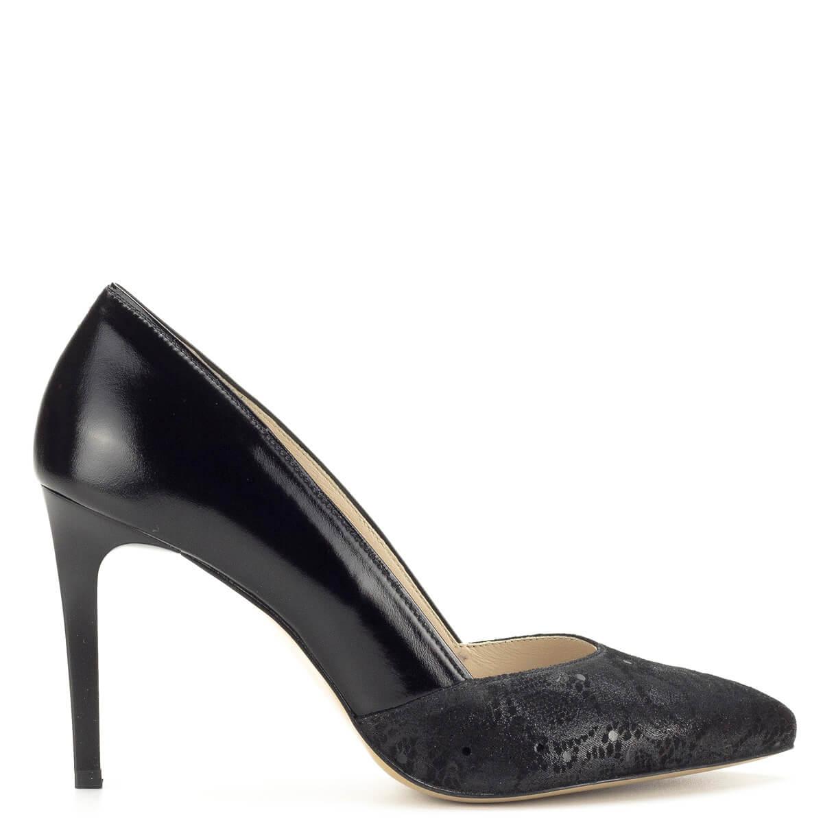 Anis cipő fekete színben Magassarkú cipők Körömcipők