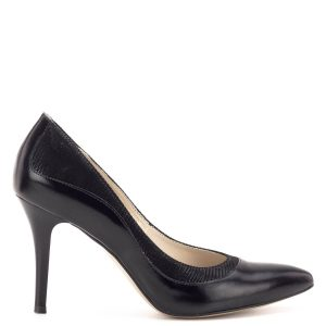 Anis cipő 9 cm magas sarokkal. Anyaga kívül-belül természetes bőr. A cipő sarokállása és talpa a magas sarok ellenére kényelmet nyújt. Klasszikus női alkalmi cipő.