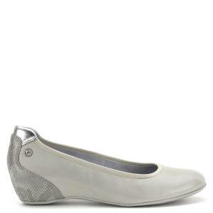 Telitalpú Tamaris cipő memóriahabos Tamaris Touch It talpbéléssel. A cipő sarka bevont, kérgén mintás, sarka enyhén emelt. Nagyon kényelmes cipő 3 cm-es sarokmagassággal - Tamaris 1-22421-22 294