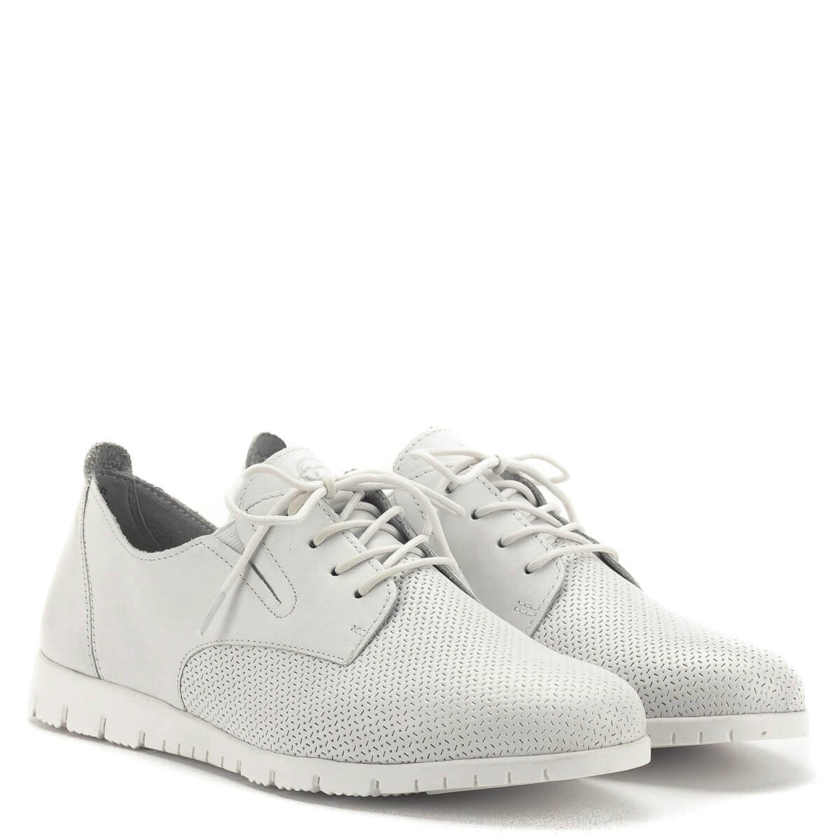 Tamaris cipő fehér színben 906004b31c