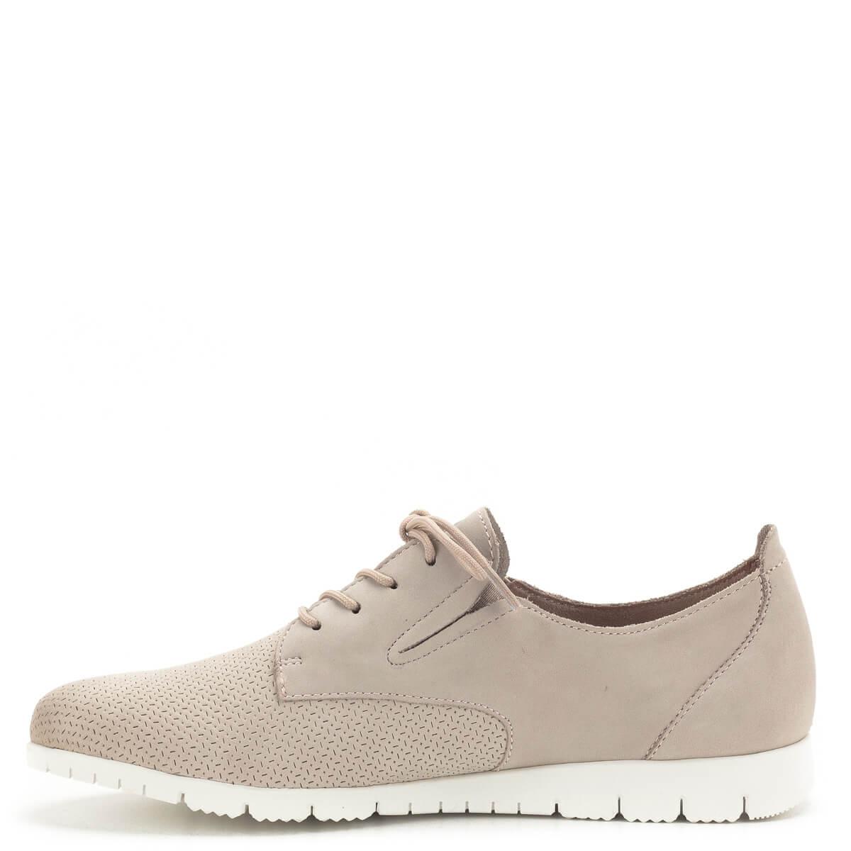 e12e147b9deb ... Tamaris cipő púder rózsaszín színben, kivehető talpbéléssel. A cipő  nagyon puha nubuk bőrből készült
