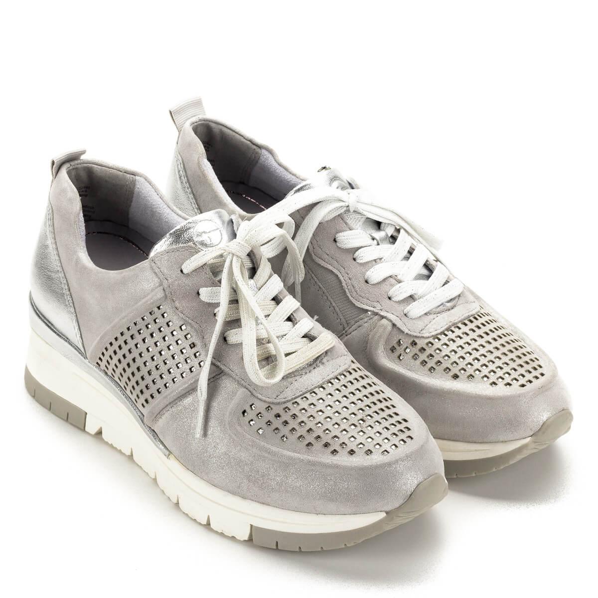 b5feacd809 Ezüst színű Tamaris sneaker emelt sarokrésszel, fényes sarokkal, belső  oldalán gumi toldással.