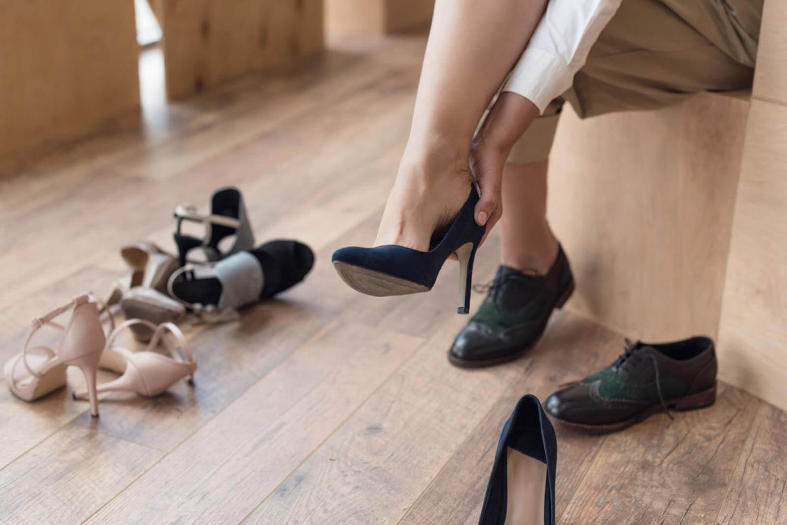 Bőr cipő tágítása - Mit tegyünk, ha szorít a cipő?