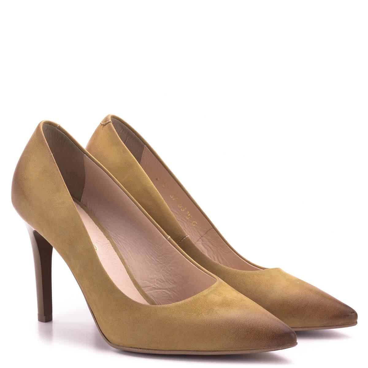 2bbb217861 Bioeco cipő sötét mustár színben bőrből, bőr béléssel, sarka 9 cm magas.  Klasszikus ...