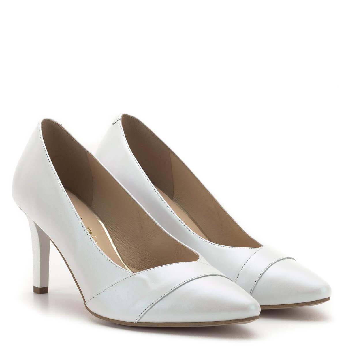 Menyasszonyi cipő és menyasszonyi csizma webáruház